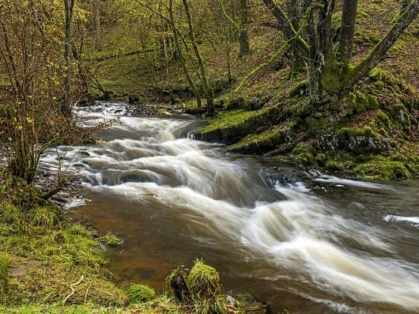 River Neath below Pont Melin Fach