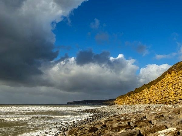 Llantwit Major Beach Looking West