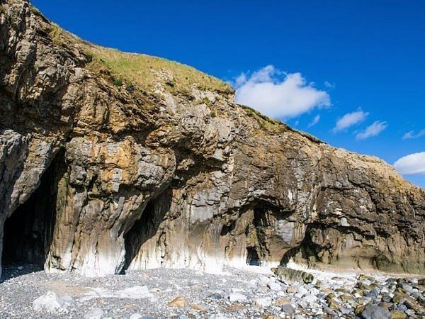 Pendine Sands Caves cc web DSC_9585