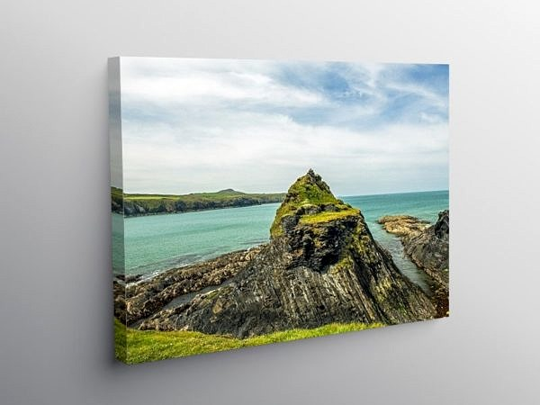 Abereiddy Bay north Pembrokeshire Coast, Canvas Print