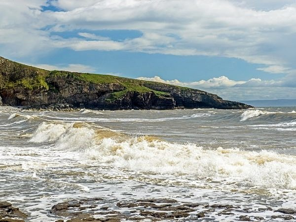 Dunraven Bay and Witch's Point