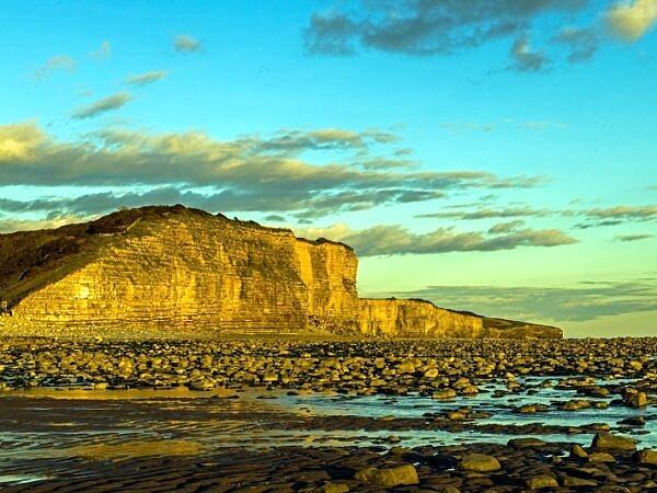 Cliffs at Llantwit Major Beach