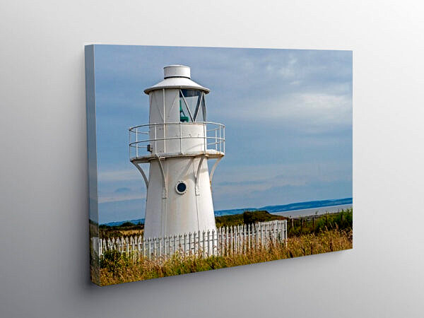 East Usk Lighthouse Newport Wetlands Centre CoW web_DSC0289, Canvas Print