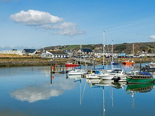 Burry Port Harbour and Marina Carmarthenshire