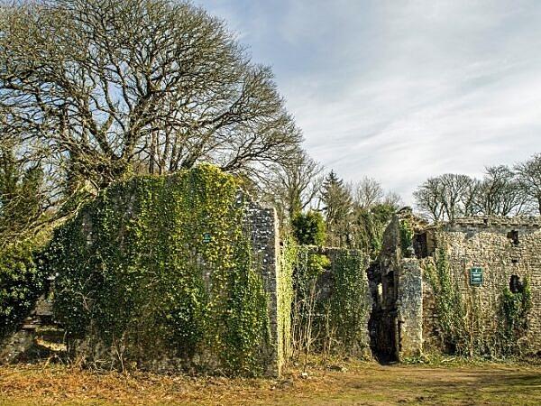 Candlestone Castle Ruins Marthyr Mawr Bridgend