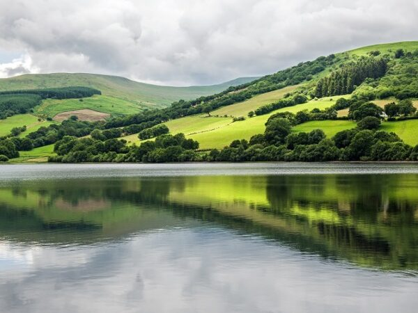 Talybont RFeservoir and Reflections Brecon Beacons