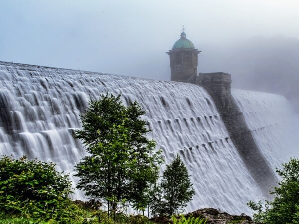 Caban Coch Dam Overflowing Elan Valley Wales